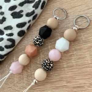 Lilia-helmet leopardi-avaimenperä