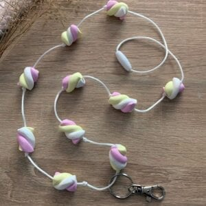 Lilia-helmet vaahtokarkki-avainkaulanauha